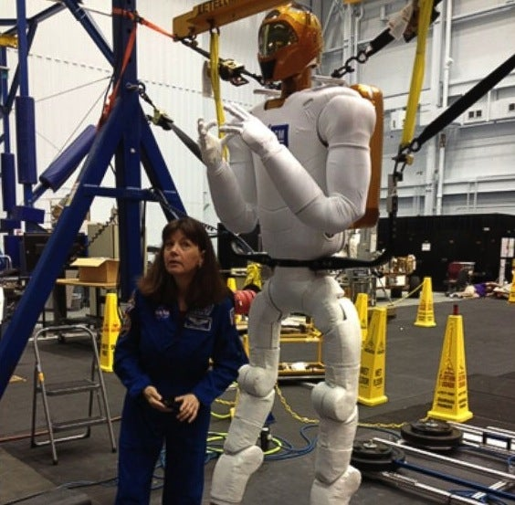 NASA's Humanoid Robot to Receive Legs