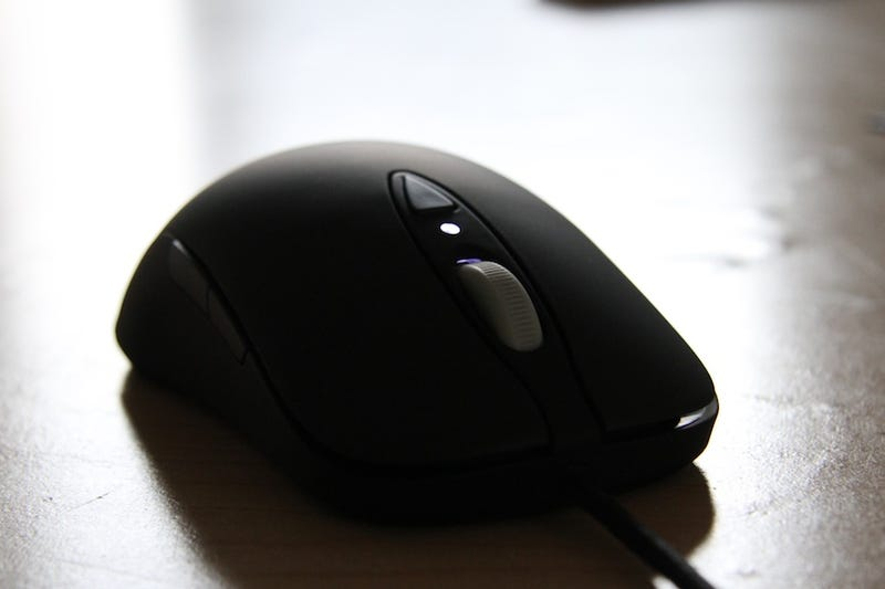 SteelSeries Xai HD Gaming Mouse Review: Amazingly Ambidextrous
