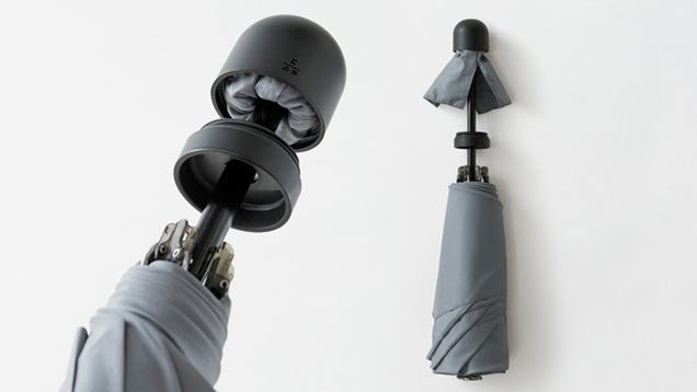 This Umbrella's Unlosable Sleeve Is Always Hiding In Its Handle