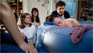 Manhattan Moms Extol Virtues Of Water Birthing