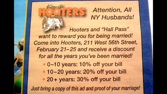 Married Men Enjoy Discounts At Hooters