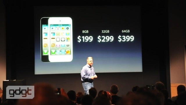 The iPod Touch Is Back in White (And $100 Cheaper!)