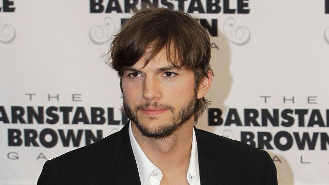 Ashton Kutcher as Steve Jobs Looks a Lot Like Ashton Kutcher in a Turtleneck