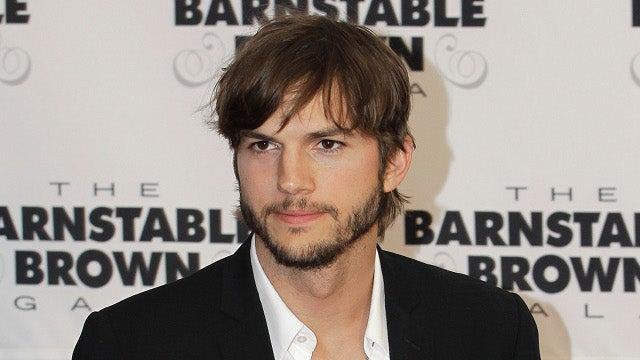Ashton Kutcher as Steve Jobs Looks a Lot Like Ashton Kutcher in a Turtleneck