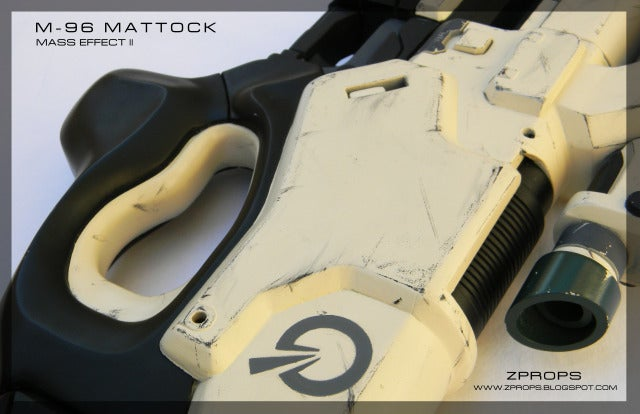 This Man Can't Stop Building Awesome Mass Effect Weapons