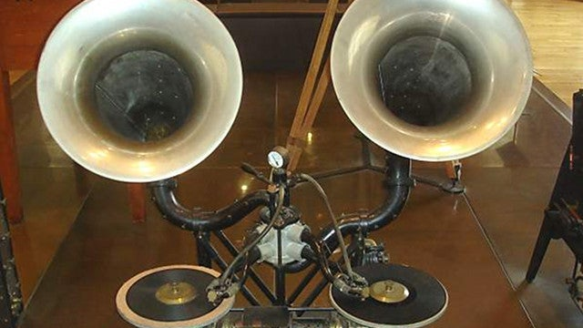 First-Ever Mixer and Crossfader Dates Back Over a Century