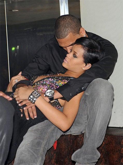 Yeah, Rihanna Is Definitely Not Dating Chris Brown