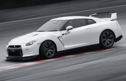Amuse Squeezes 600 HP From Nissan GT-R
