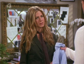 Rachel from Friends Discovers the Wii