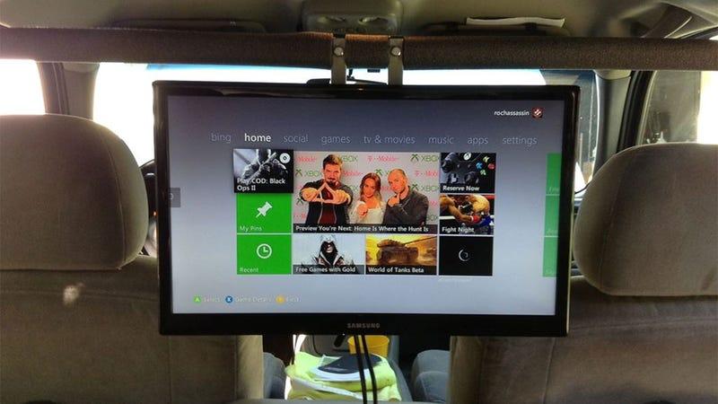 A Big TV In The Back Of A Car Turns The 360 Into A Portable System