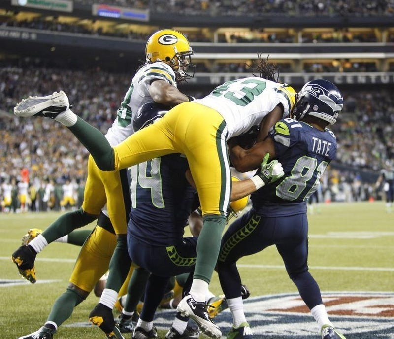 Seahawks Truthers Continue To Insist Golden Tate Caught That Touchdown
