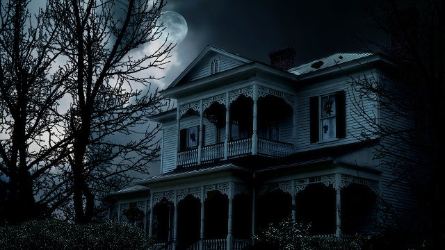 Couple Sue Landlord Over Haunted House