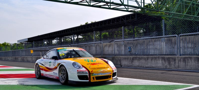 Your Ridiculously Awesome Porsche 911 GT3 Cup Wallpaper Is Here