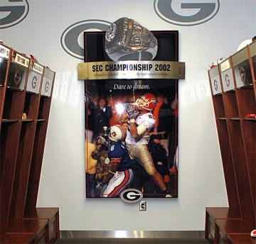 UGA Recruits Rob UGA Locker Room On UGA Recruiting Visit