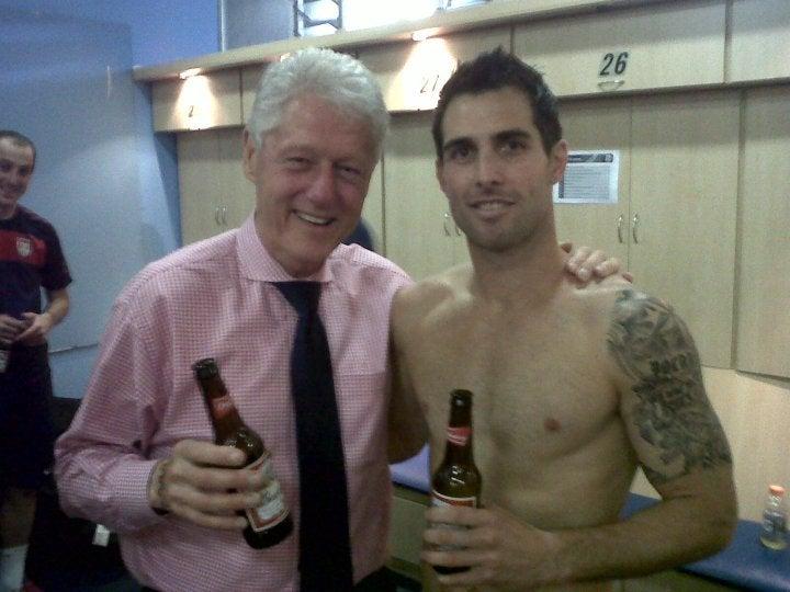 Clinton. Bocanegra. Budweiser.