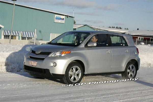 2009 Toyota Urban Cruiser, Looks Even More Like Scion xD Up-Close