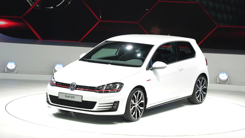 2012 Paris Motor Show Day One — Everything You Need To Know