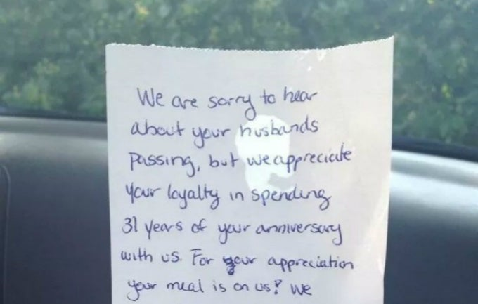 Red Lobster Comps Widow's Check on Anniversary