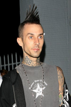 Travis Barker Leaves Hospital; Brad & Angie Might Adopt (Again)