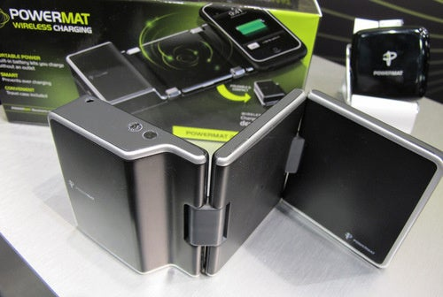 First Hands-On: Powermat Portable 2X Induction Charger