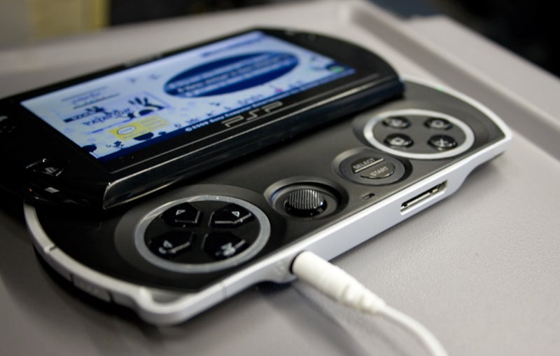 PSPgo Review: PSP Goes Nowhere You Haven't Been