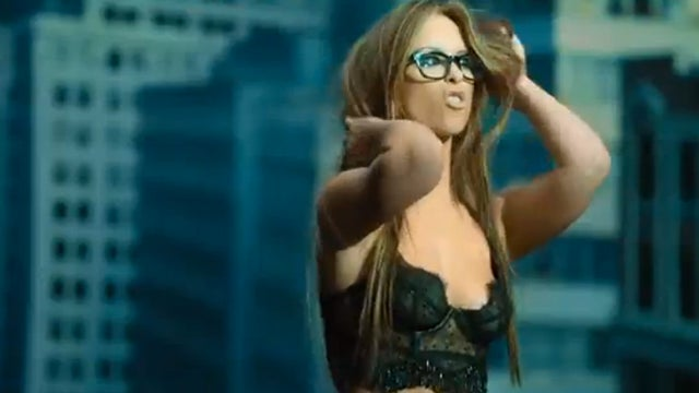 Half-Naked Jennifer Love Hewitt Gyrates Frantically in The Client List Music Video