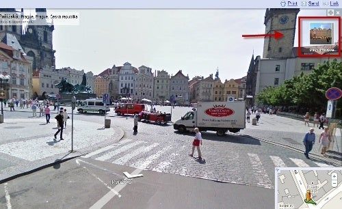 Google Adds Flickr, Picasa Photos to Street View