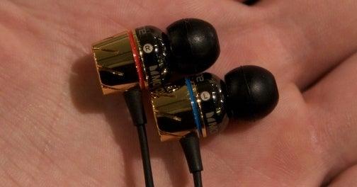 Monster Turbine Pro Earbuds Earwax On