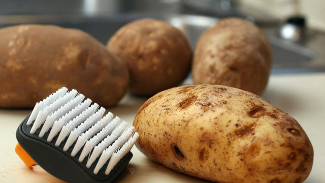Senate Defends Kids' Right to Stuff Their Faces with Potatoes