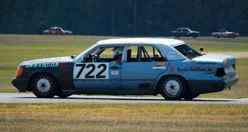 You Too Can Build A Chopped, V8-Powered W124 Benz For Just 500 Bucks!