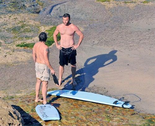Liev Schreiber Goes Surfing In Sydney