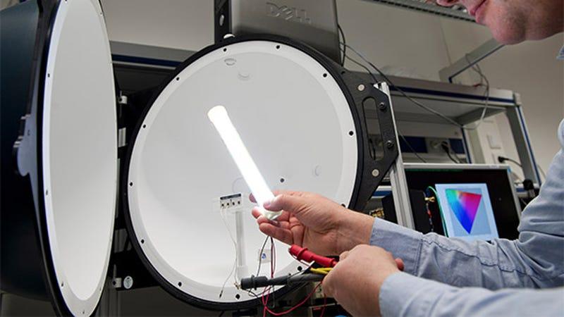 Un nuevo prototipo LED podría sustituir las lámparas fluorescentes