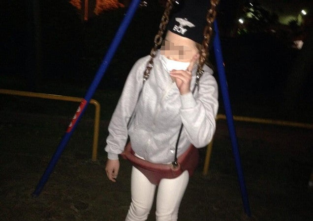 Young Woman Stuck in a Swing Turns to Twitter for Help