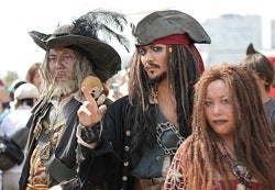 Japan's Pirates Answer Pirate Questions... Arrr!