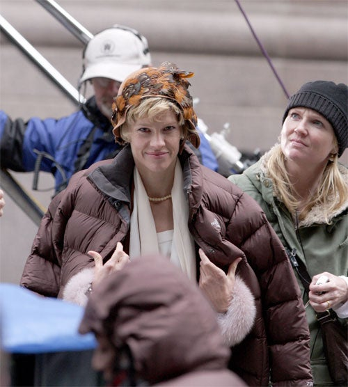 Hilary Swank's Earhart Hat Attracts Attention