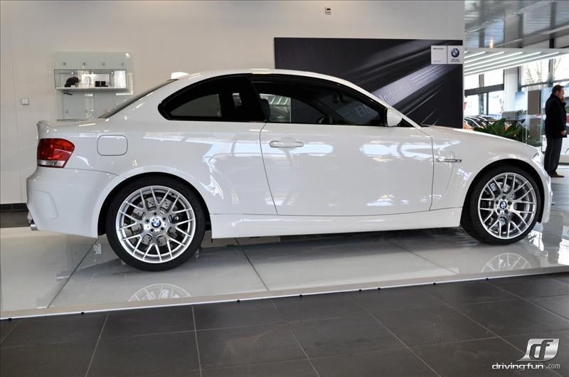 BMW 1M: Like A Virgin