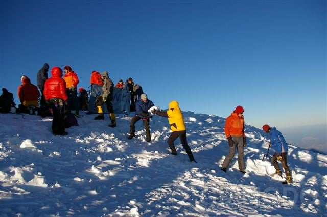 How to Build a Jacuzzi for 20 People on Top of Mont Blanc