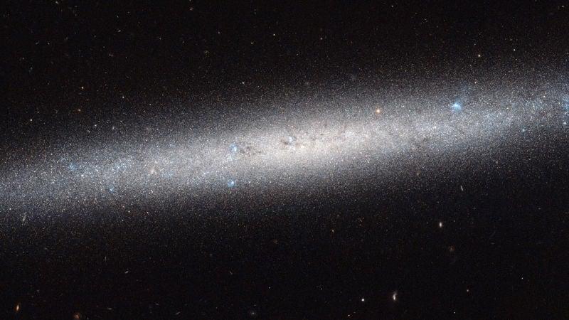 Stephen Hawking quiere construir una nave interestelar