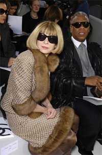 'Vogue' Editor Anna Wintour To See Sunlight, Breathe Real Air