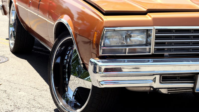 Hey Jalopnik: This Is A Donk