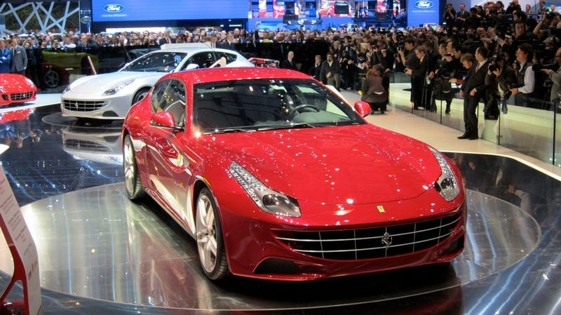 Ferrari FF casts a lovely, awkward shadow