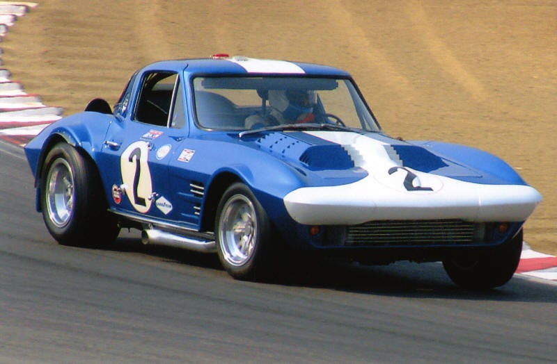 GM Sues Replica Corvette Maker