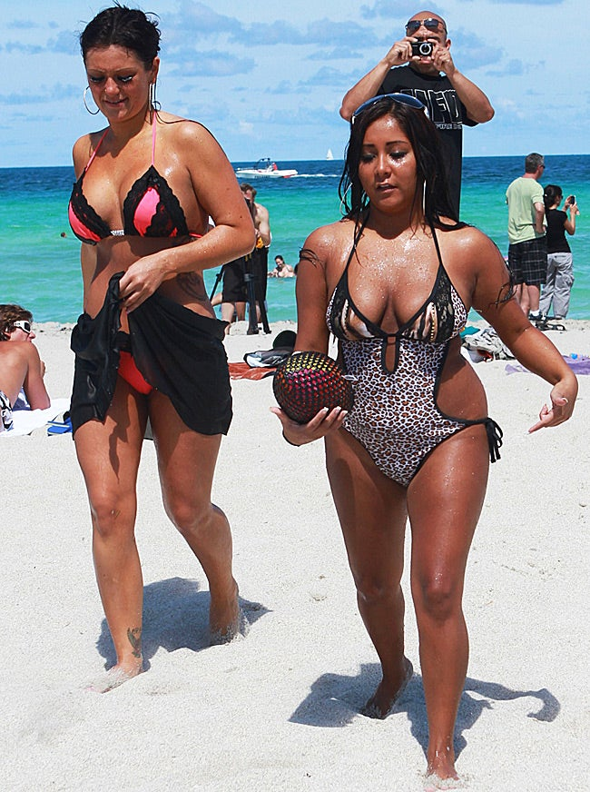 Snooki Goes Free as Chelsea Gets Ready for Her Big Day