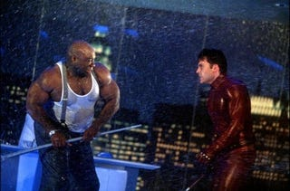 Daredevil Vs Kingpin fight Kingpin in an alley