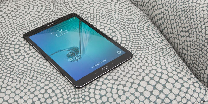 "Samsung Galaxy Tab S2 Review: Super Light and Super ""Meh"""