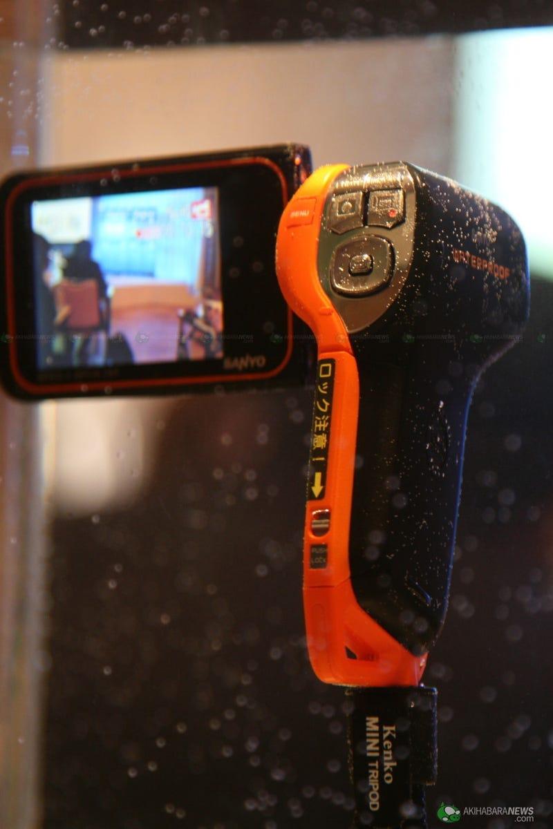 Sanyo Xacti DMX-CA8 Waterproof Camcorder has 8 Megapixels