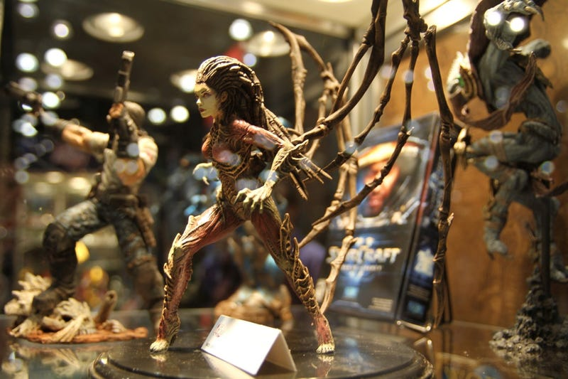 Video Tour Of The Newest StarCraft II, World of Warcraft Statues