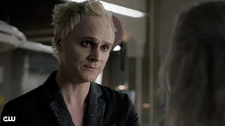 <i>iZombie's</i> Villain Is Disarmingly Charming For A Dead Guy