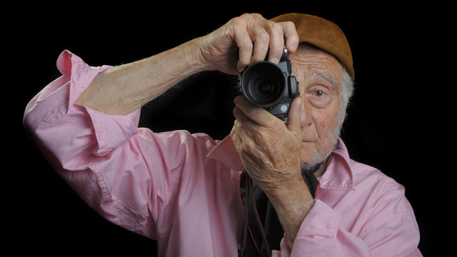 'Suspicious Man Photographing Kids' Just Guy Taking Pics of Grandson
