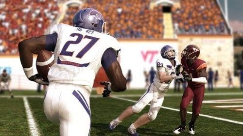 See 29 Teams in 28 Screens of NCAA Football 11